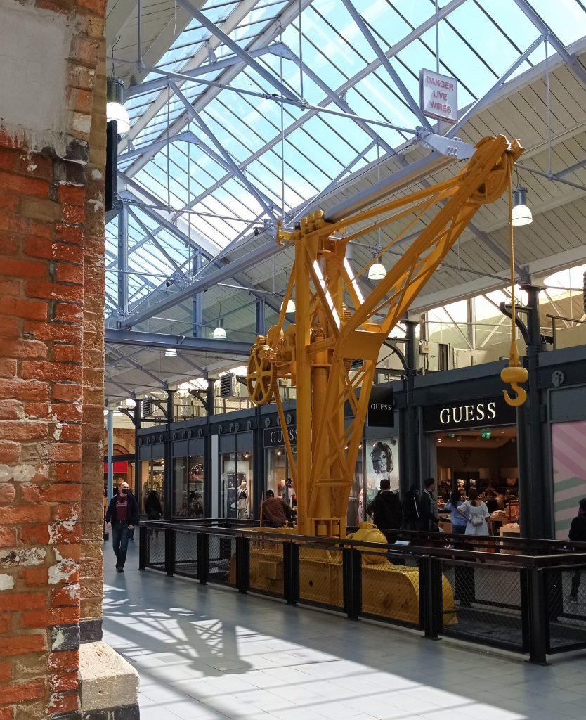 Attractions in Swindon - walking crane at the Designer Outlet