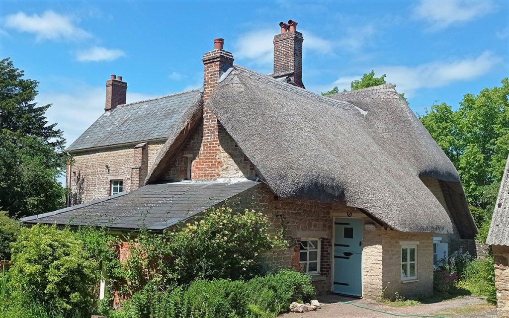 A day out in Swindon - the thatched roof Richard Jefferies Museum